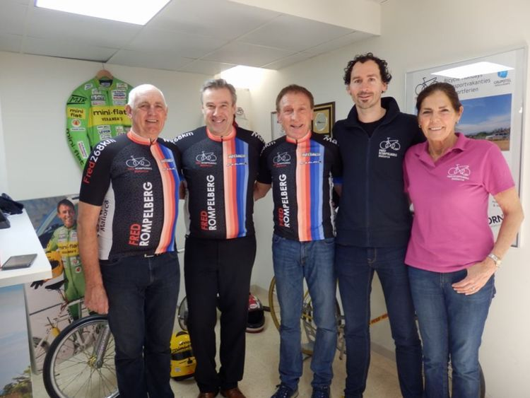 Picture 1: Fred Rompelberg 268 km: Especially for the amazing bookings for 2017, a 8th trip to Mallorca completely costless!