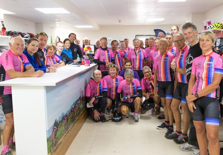 Picture 1: Fred Rompelberg 268 km: Record-breaking week on Mallorca, 680 guests in 1 week.