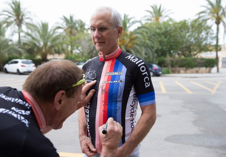 Picture 3: Fred Rompelberg 268 km: Record-breaking week on Mallorca, 680 guests in 1 week.