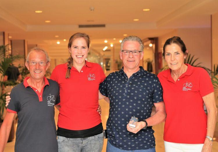 Picture 4: Fred Rompelberg 268 km: Dries van Agt, Gerd Leers, Gerard van Velde and Jan and Fons van Katwijk as guests with us on Mallorca.