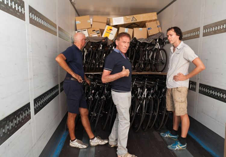 Picture 15: Fred Rompelberg 268 km: Trailer with the sold bicycles come from Mallorca to the Netherlands.