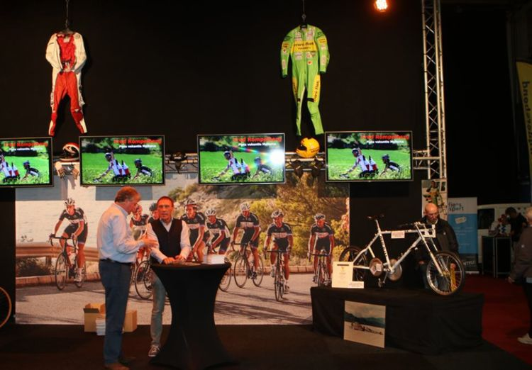 Picture 3: Fred Rompelberg 268 km: Cycling Exhibition in MECC in Maastricht, the Netherlands is a success!