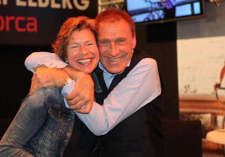 Picture 8: Fred Rompelberg 268 km: Cycling Exhibition in MECC in Maastricht, the Netherlands is a success!