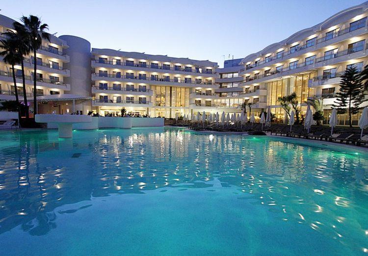 Picture 13: Fred Rompelberg 268 km: Vanaf 2019 zijn wij ook in het noorden van Mallorca! Met het Hotel Rei del Mediterrani Palace 4 sterren.