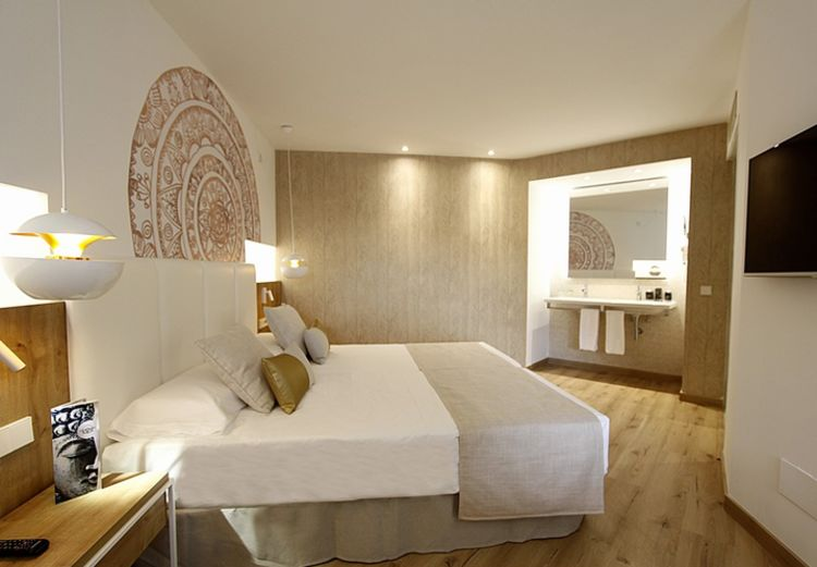 Picture 12: Fred Rompelberg 268 km: SUPER PRICES, gives us our new hotel Rei del Mediterrani Palace in Alcudia!