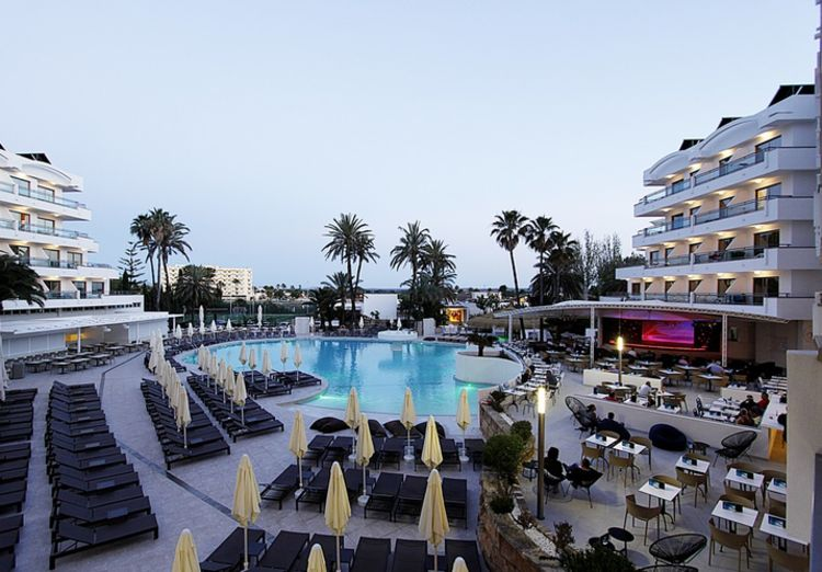 Picture 9: Fred Rompelberg 268 km: SUPER PRICES, gives us our new hotel Rei del Mediterrani Palace in Alcudia!